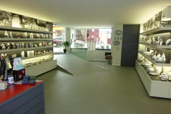 arquitectura-luvai-local-comercial-tienda-ceramica-p121038347AFB073-A54F-2D36-E519-45285E445EFE.jpg